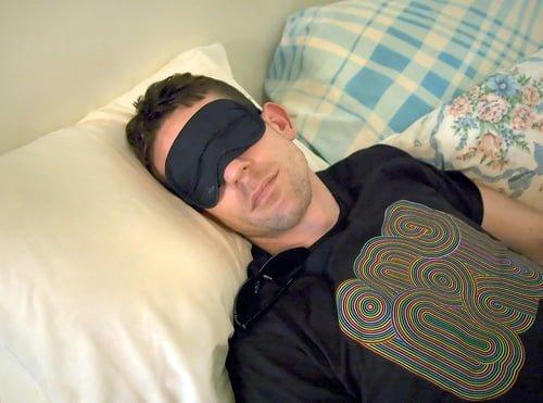 A legalább hétórás éjszakai alvás véd a szívbetegségektől