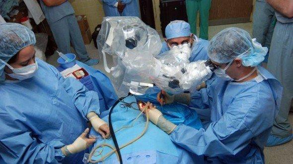 Megdöbbentő! Sértés donorok hordanák ki az emberi transzplant szerveket