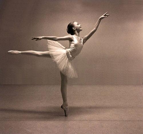 Ezért nem szédülnek a balerinák
