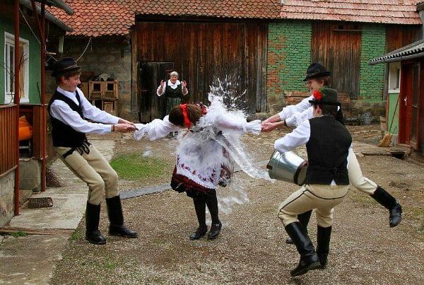 Ilyen húsvéti hagyományok élnek a székelyföldi magyar falvakban