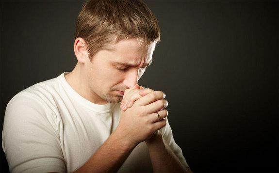 Az imádkozás bizonyított előnyei: hogyan segít a napi imádkozás az életben?