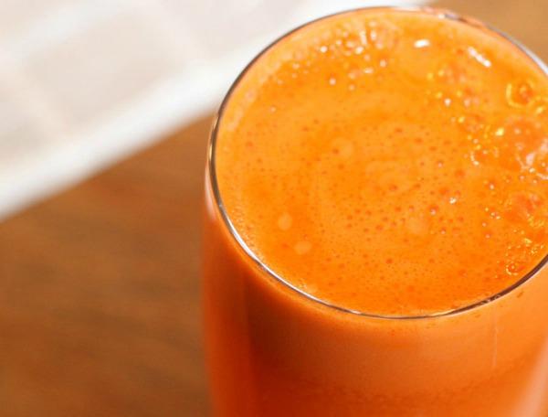 Ezért igyunk mindennap sárgarépalevet!
