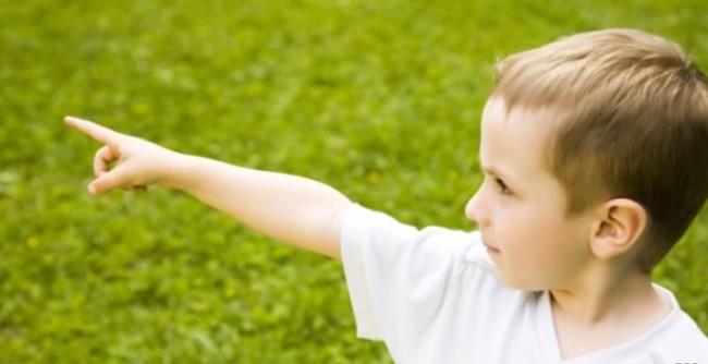 Hihetetlen történet: Megdöbbentő gyilkosságot oldott meg ez a 3 éves kisfiú!
