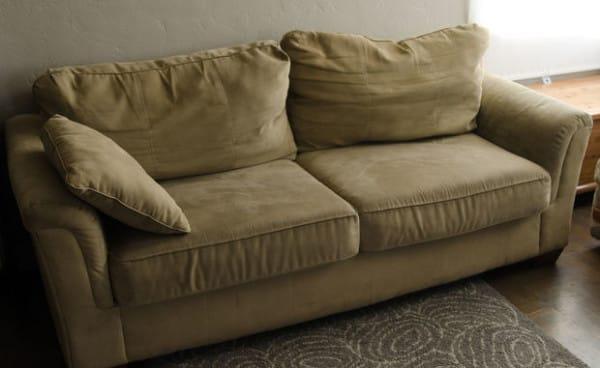 Pár forintból varázsolta újra használt kanapéját, amely az átalakítás után úgy néz ki, mintha teljesen új lenne!
