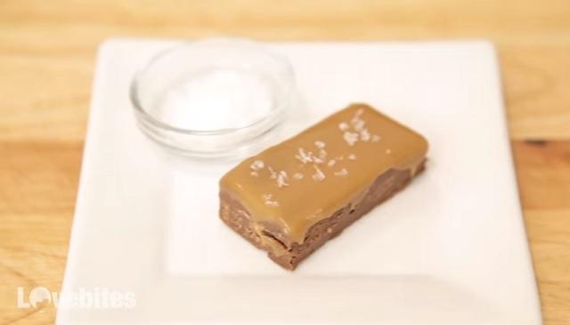 Így készíts török csokoládét csupán két hozzávaló segítségével – VIDEÓ