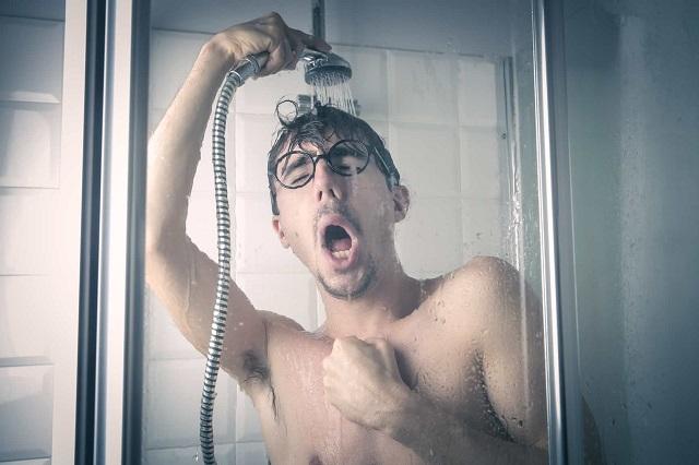 9 szuper ok, hogy még ma elkezd a hideg vizes zuhanyozást!