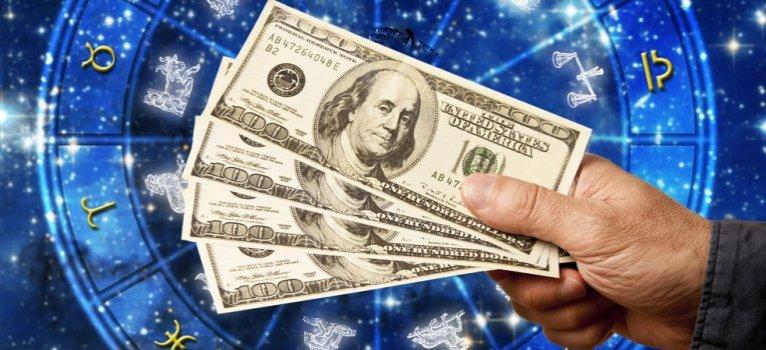 2016. Decemberi horoszkóp: A 3 legsikeresebb csillagjegy, ami a pénzt és a karriert illeti!