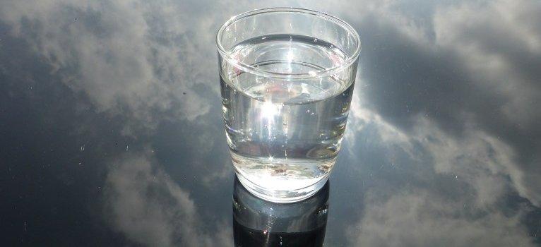 A pohár víz története, amelyet érdemes lesz végigolvasni!