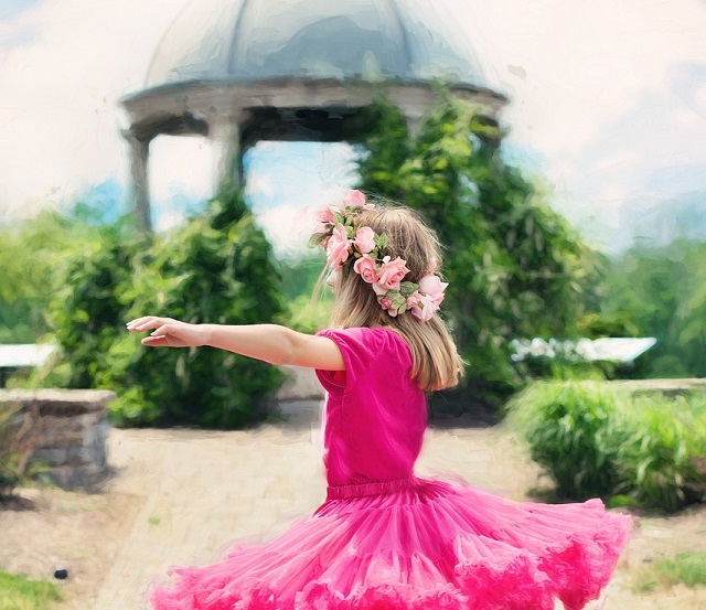 A rózsaszín szoknyás kislány – A történet, aminek köszönhetően hinni fogsz az őrangyalokban!
