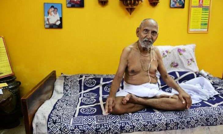 Ez az 1896-ban született hindu szerzetes elárulja a hosszú és boldog élet TITKÁT!