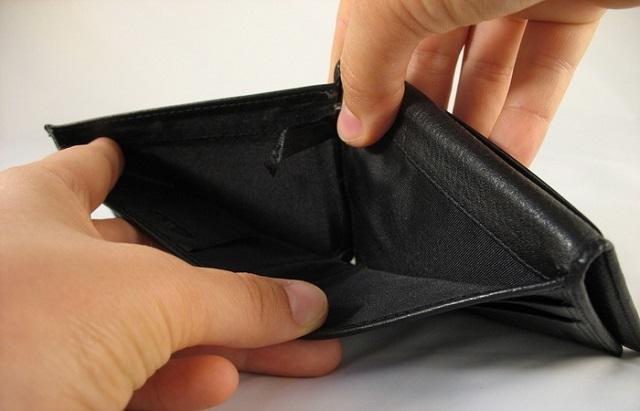 Nincs szerencséd a pénzzel, mindig üres a pénztárcád? 7 szokás, ami bevonzza a szegénységet!