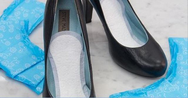 Helyezzünk a cipőnkbe egy tisztasági betétet és intsünk búcsút a lábizzadásnak!