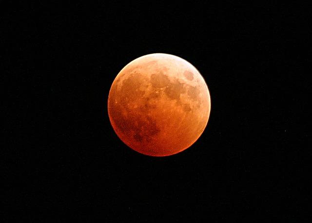 Ilyen hatással lesz az életünkre a február 11-i Holdfogyatkozás!