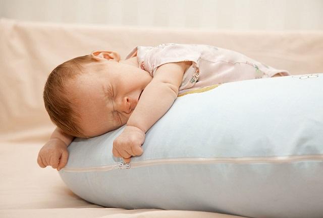 A gondos szülő sosem engedi meg a gyereknek, hogy későn feküdjön le. Veszélyes lehet a fejlődésére!