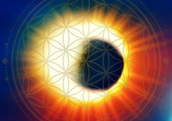 A 2017-es teljes napfogyatkozás energiái pozitív változásokat tartogat számunkra!