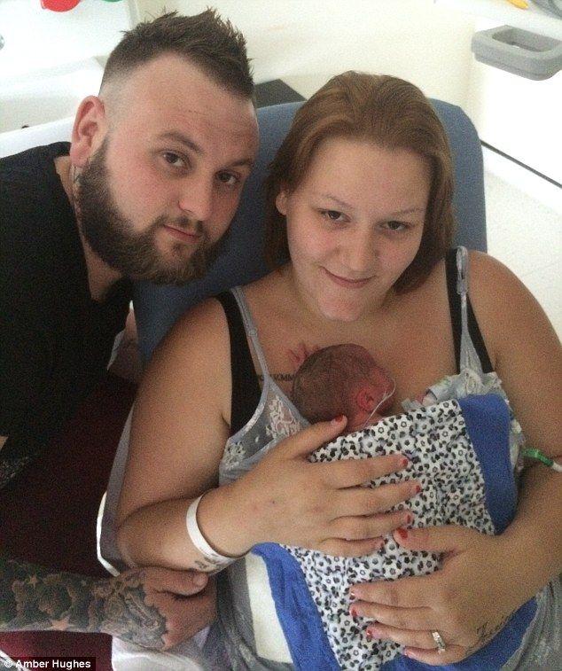 Császármetszést hajtottak végre az orvosok ezen a nőn, ám sehol sem találták a csecsemőt...