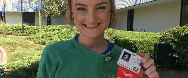 Egy fiatal lány megható élettörténete! Kétszer győzte le a rákot, majd egészségügyi asszisztens lett belőle!