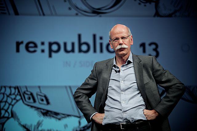 A Mercedes-Benz igazgatója: Rövidesen teljesen megszűnhet az autóipar, rengeteg változás jön az elkövetkező 20 évben