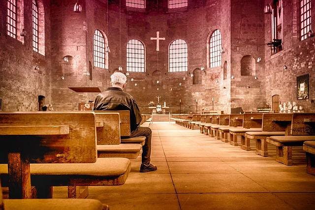 7 különbség a vallási tanok és a spiritualitás között!