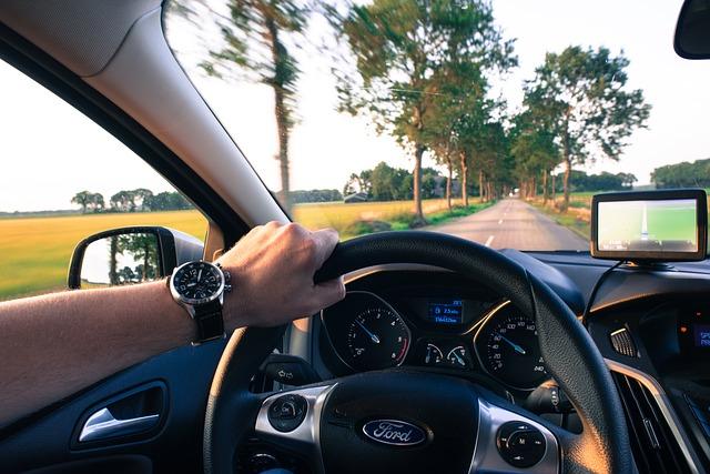8 vezetéstechnikai tipp, hogy kevesebb üzemanyagot fogyasszon az autód!