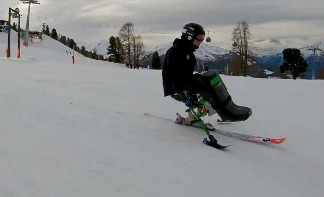 Fiatalon egy véletlen balesetben lebénult, 13 évvel később a téli olimpia egyik sztárja