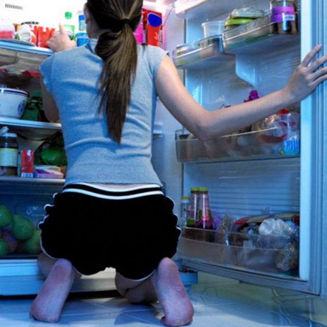 4 élelmiszer, amit nem ajánlott lefekvés előtt elfogyasztanod!