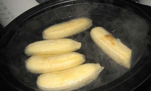 Tudod milyen hatással van a főzött banán? Idd meg a vizet is, amiben a banán főtt!