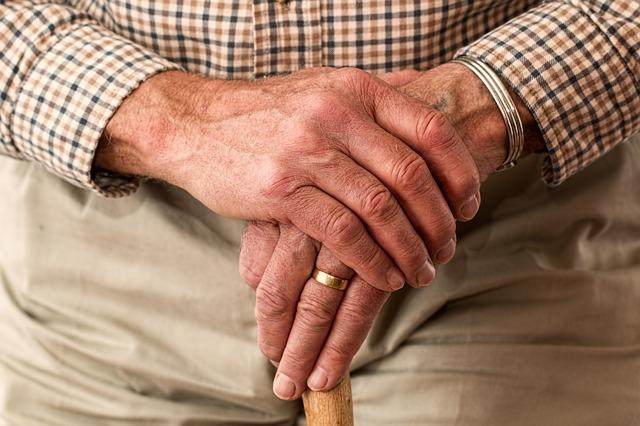 Számolj le ezzel a 8 rossz szokással és lelassíthatod az öregedési folyamatokat!