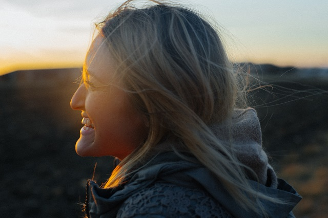 A tudósok megfejtették, hogy mi a boldogság 3 kulcsfontosságú összetevője!
