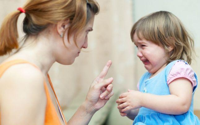 Ez történik a gyerekkel, ha szülei rendszeresen ordítoznak vele