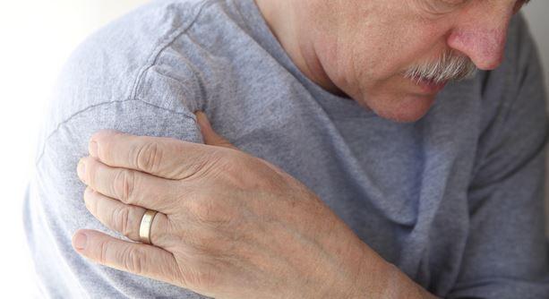 A tüdőrák egyik legjellegzetesebb jele, amelyet mindenkinek ismernie kell!
