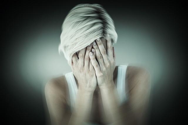 A pánikroham 7 tünete, amit soha nem szabad figyelmen kívül hagyni!