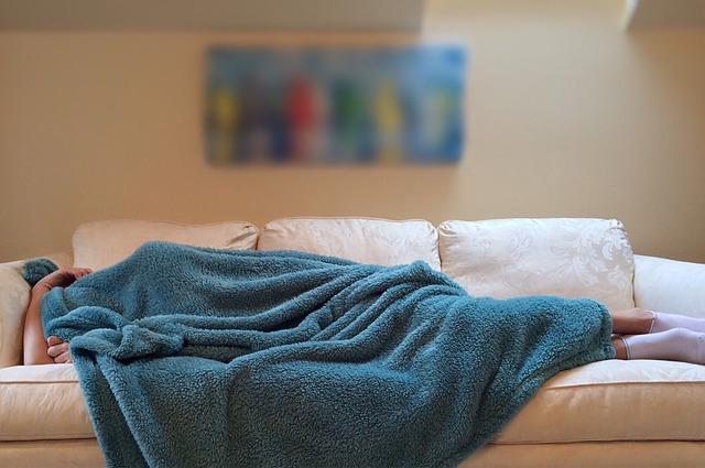 Így mehet tönkre a társas-szociális életed a kevés és rossz minőségű alvás miatt!