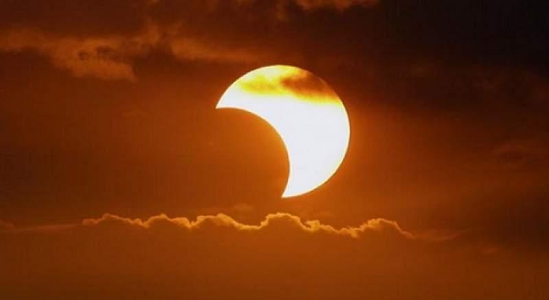 Augusztus 11. - Újhold és részleges Napfogyatkozás - egy erős újrakezdés a Világegyetem részéről!