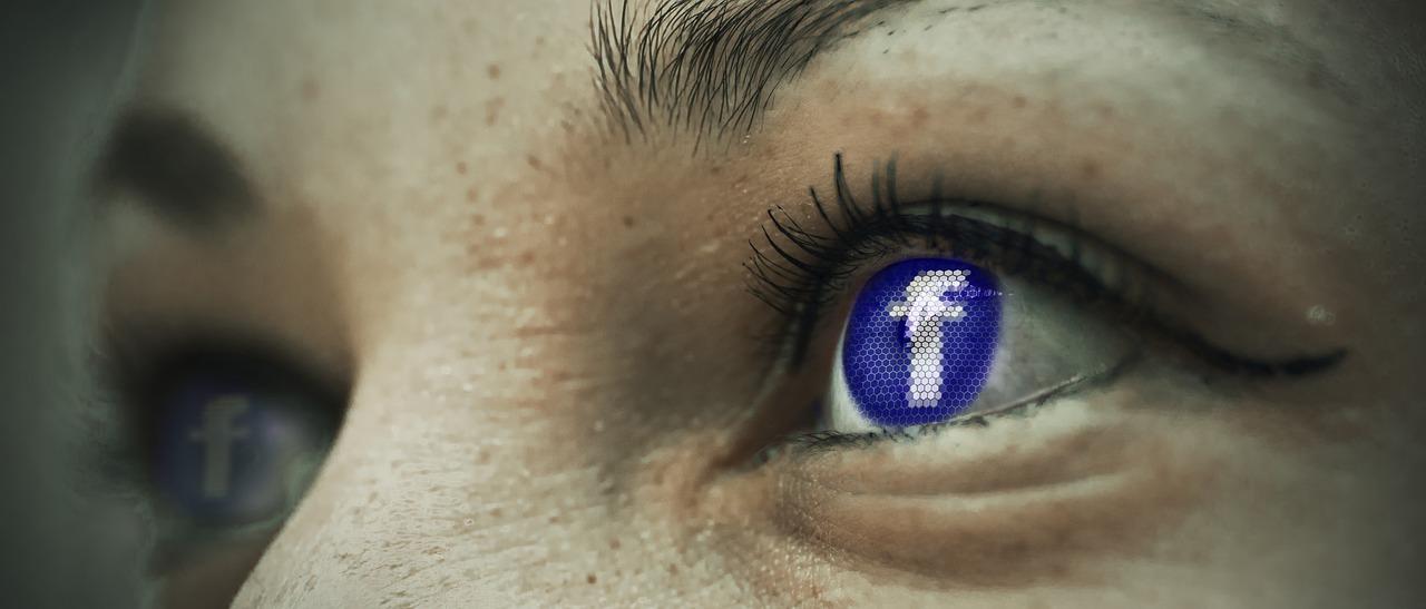 Ki is vagyok valójában, amikor a Facebookot vagy az Instagramot használom?
