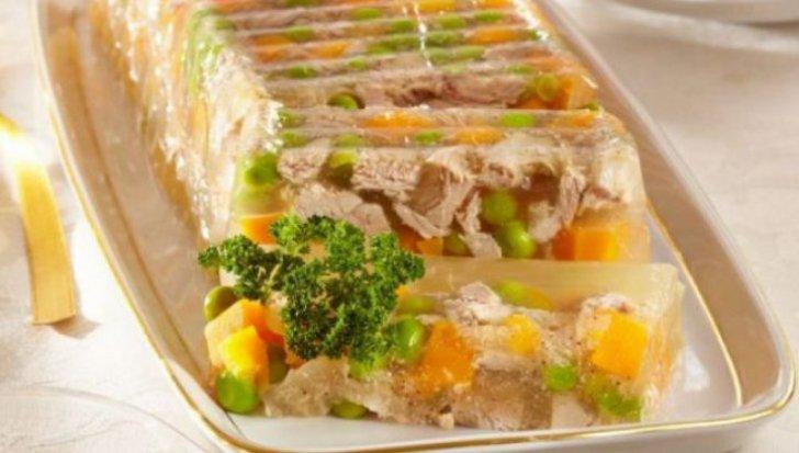 Zöldséges, hús nélküli kocsonya a böjti időszakra