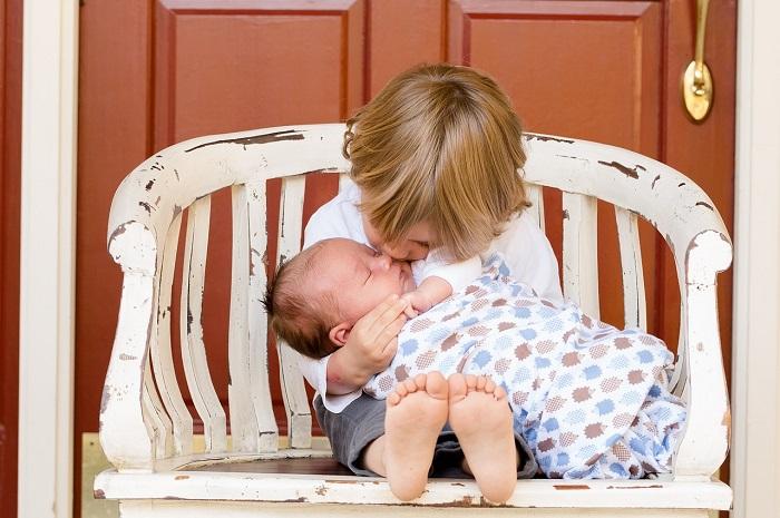 12 aranyszabály, amelyet tudnod kell mielőtt újszülötthöz készülsz babalátogatóba!