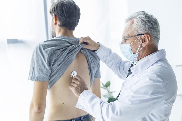 Ötször nagyobb eséllyel alakulhat ki daganatos megbetegedés azoknál, akik 2000 után születtek. Az ok: elhízás!