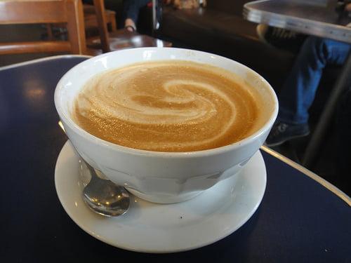 A kávé csökkenti az öngyilkossági hajlamot