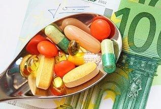 Súlyos mellékhatásokat okozhatnak a táplálékkiegészítők és a vitamin terápiák?