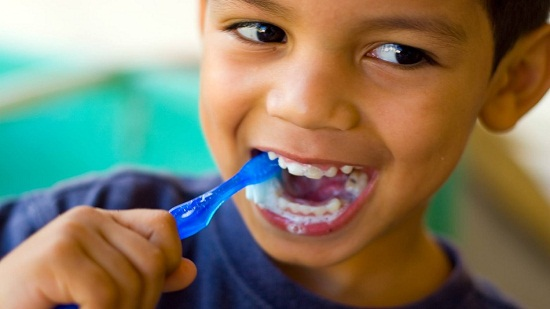 Harvardi kutatók igazolják: Így mérgezik és butítják a gyerekeidet fluorral!!!