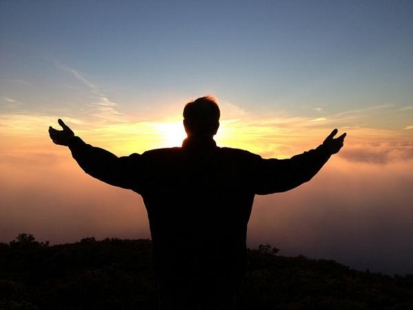 Hogyan teszi boldoggá életünket a hála és a kedvesség?