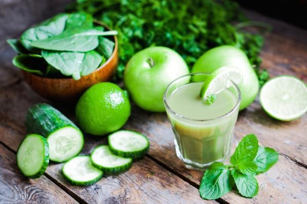 Zöld gyógyital, amely egy pillanat alatt megszüntetik a fejfájást