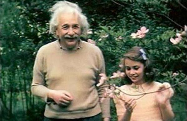 Levelet írt Albert Einstein lányához, Lieserlhez: Az UNIVERZUM ereje a SZERETET!