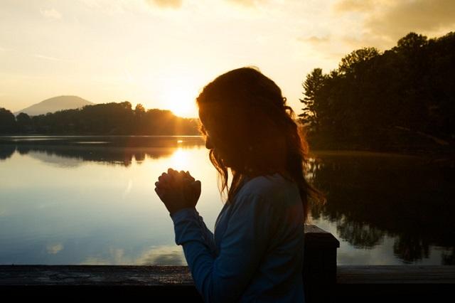 Ima a Bőség Istenéhez, hogy minden lépésünket áldás kísérje, és az életünk jobb legyen!