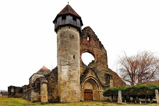 6 mesébe illő erdélyi vár, amelyekről eddig nem is tudtad, hogy léteznek