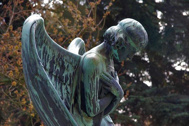 5 jel, amiből kiderítheted, hogy földre szállt angyal vagy-e!