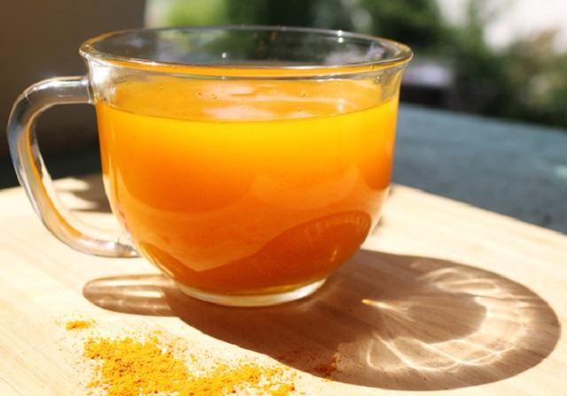 Kurkuma limonade: Remekül kezelheti a depressziót, akár a Prozacnál is jobb lehet!