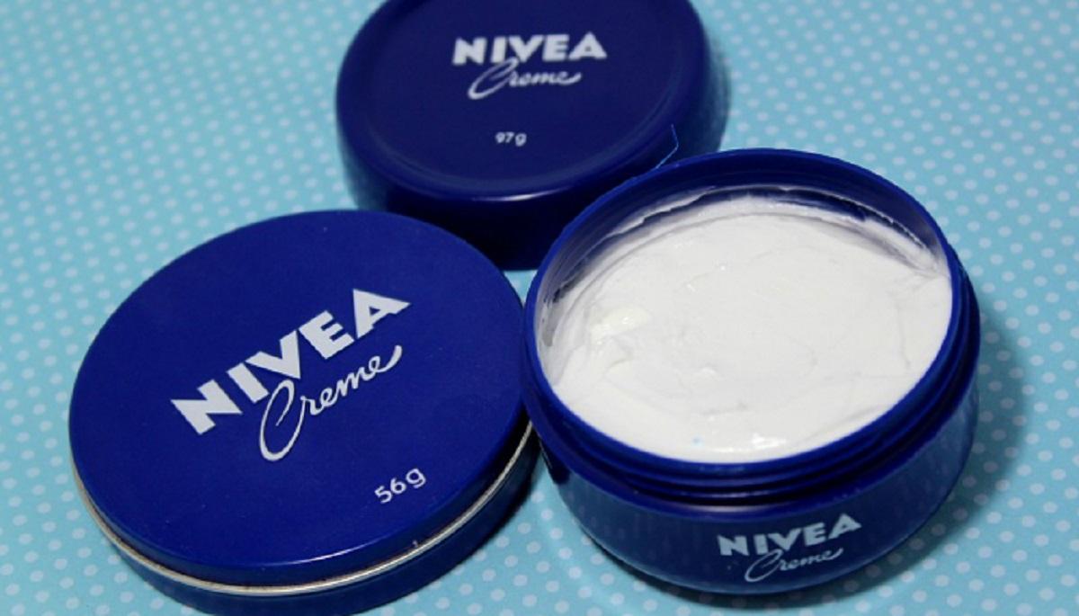 Sokan használják a kék dobozos Nivea krémet, de kevesen tudják mi mindenre jó még