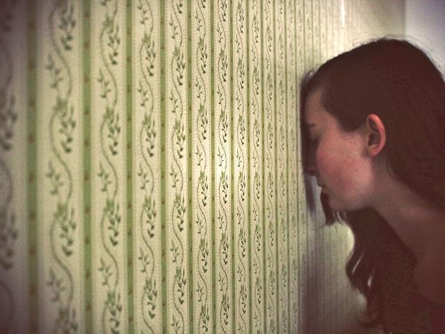 10 mérgező gondolat, melyeket észre sem veszünk, hogy a gondolatainkba férkőztek!